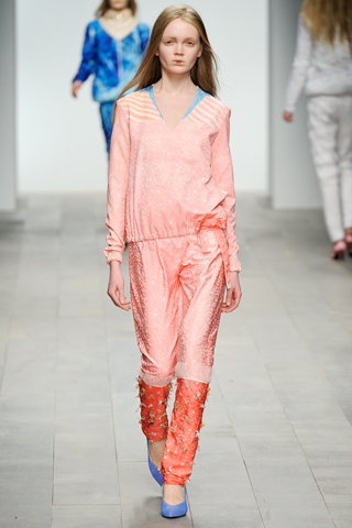 Central Saint Martins Fall 2011 Ready-to-Wear