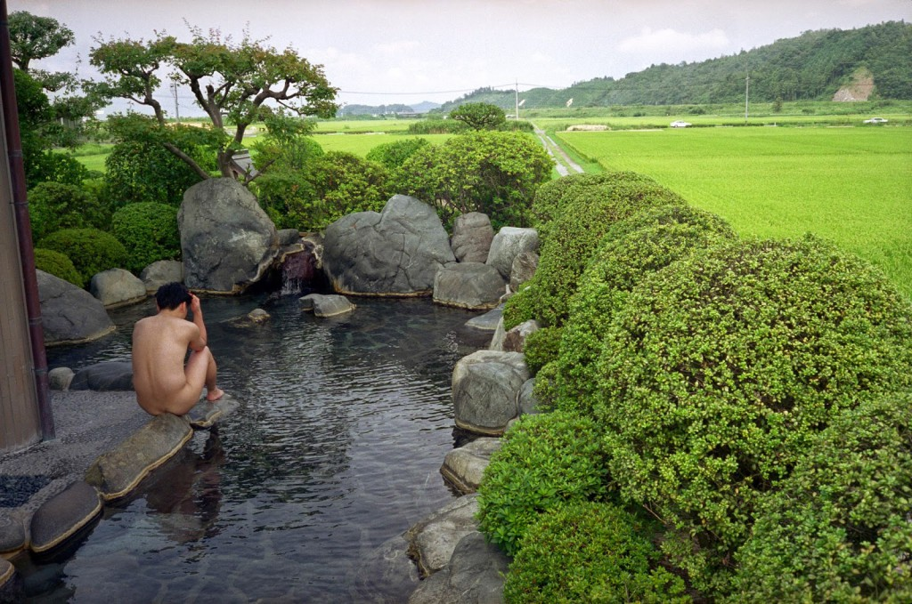 JAPAN. Shimane Prefecture. Open air hot spring, Saiginoyuro. 2000